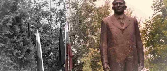 Правец, паметникът на Тодор Живков