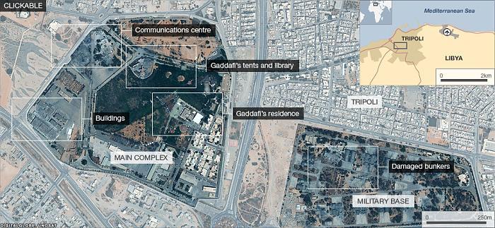 Кадафи се е окопал в казармен комплекс