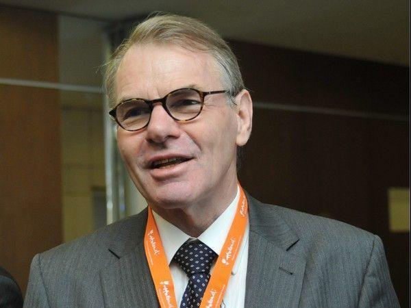 Netherlands Ambassador Karel van Kesteren