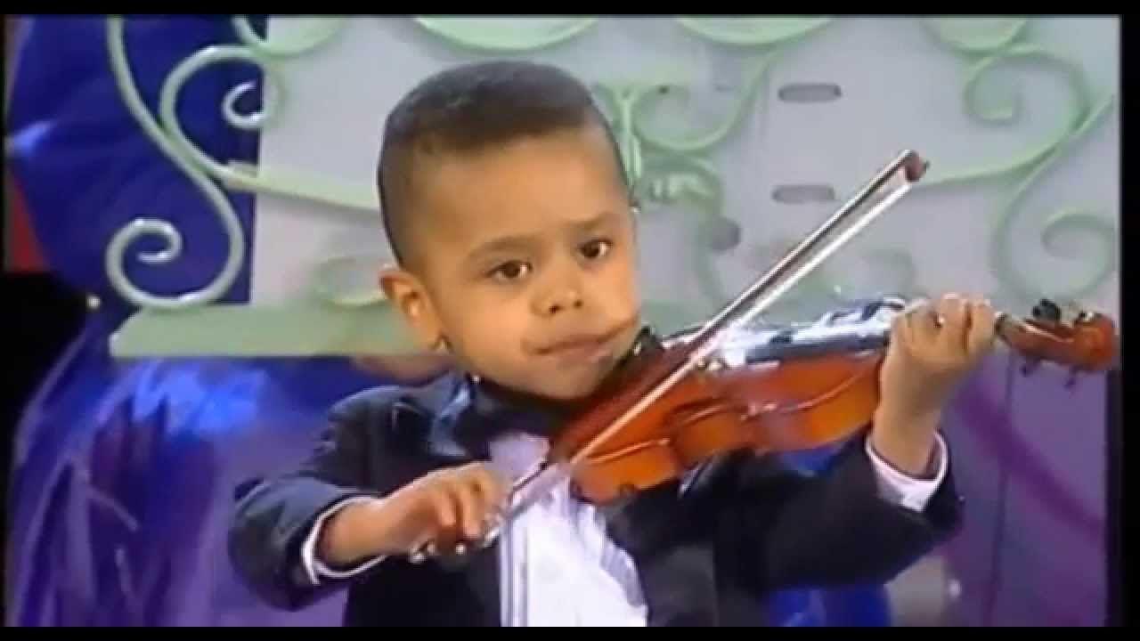 Andre Rieu 3 year old violinist Akim Camara