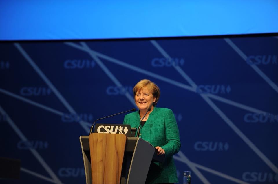 Ангела Меркел отново успя
