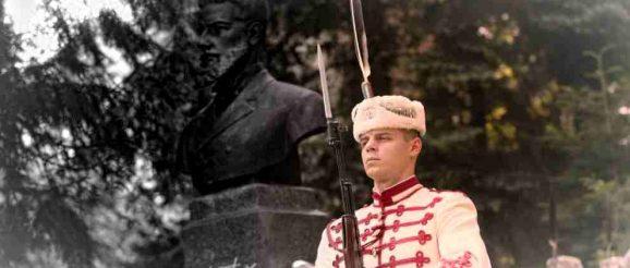 Защо искат Христо Ботев да го няма