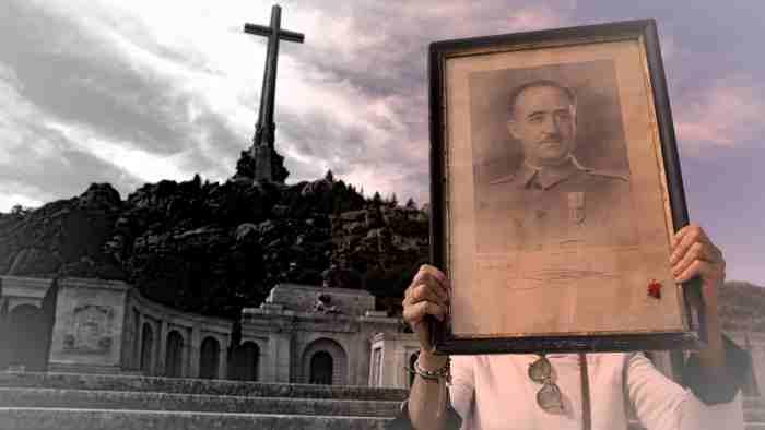 Защо ексхумацията на Франко така силно развълнува руснаците.