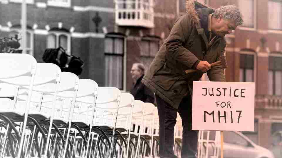 Ще докажат ли руско участие в трагедията с MH17?